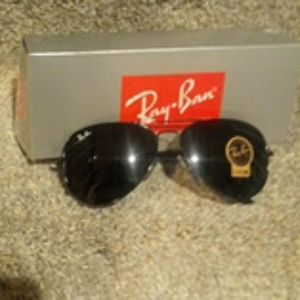 Black on Black RayBan 58mm RB3025